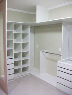 closet layout 760263980828851438 - Closet, storage Source by celineferrandez Diy Master Closet, Closet Redo, Walk In Closet Design, Bedroom Closet Design, Closet Designs, Closet Storage, Closet Renovation, Closet Remodel, Small Closets