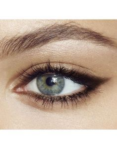 eyeliner and brows
