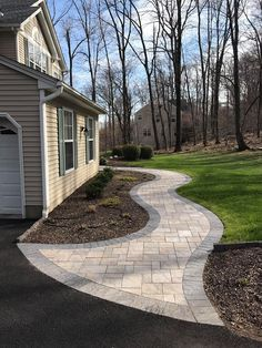 45 Amazing Front Yard Pathway Landscaping Ideas - Page 13 of 46 Front Garden Path, Front Yard Walkway, Front Yard Landscaping, Garden Paths, Front Yards, Paver Walkway, Walkway Ideas, Patio Ideas, Paver Sand