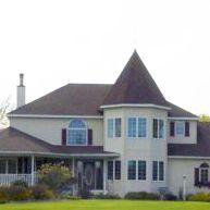CameoRose Country Retreat - Becker, MN:    Self-service private weekends or weekdays accommodating up to 14 guests. 763-262-0344