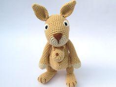 DIY Häkelanleitung Amigurumi Känguru // crocheting tutorial kangaroo via DaWanda.com