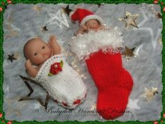 FREE Christmas Stocking Cocoon & shoe 4-5 inch doll-knitting pattern, christmas, stocking, doll