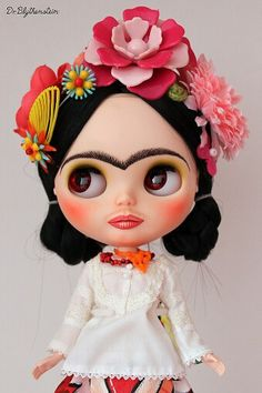 Blythe doll as Frida Kahlo by Doctor Blythenstein.