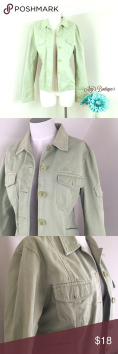 ⭐️Jones New York Sporty Mint Jacket Size 10⭐️ ⭐️Jones New York Sporty Mint Jacket Size 10⭐️ Gently used. Perfect for causal wear. Pair with jeans and a cute blouse and you'll a stunning, fashionable outfit. Next day shipping. All sales are final. Bundle & Save more! Jones New York Jackets & Coats Blazers