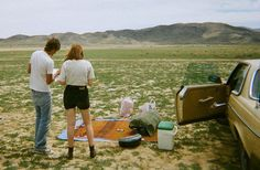 i would love nothing more than a picnic in the middle of nowhere