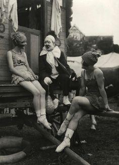 circus photography, c.1918, E.O. Hoppe