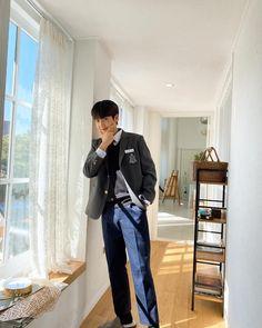 "229 Suka, 1 Komentar - ONE IT FOR X1 [HELP 1K] (@x.one_it) di Instagram: ""Eunsang dairy update in vlive  2월 29일 뮤비 비하인드🕰  Huhuhuhu😭 ecaaa ganteng banget • • • • • -Cr:…"""