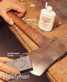 How to sharpen Tools. Axe, shovel, and lawn mower blades. How to sharpen Tools. Axe, shovel, and law Sharpening Tools, Sharpening Stone, Survival Tips, Survival Skills, Survival Stuff, Survival Knife, Lawn Mower Blades, Diy Casa, Outdoor Tools