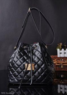 Bolsa Saco Black- Ref.087 produzido por dmsboutique no AIRU