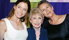 Janet Leigh (center) with children Kelly and Jamie Lee Curtis. (Father - Tony Curtis)