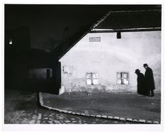 "On Site: ""Night"" Photographs by Brassai, Ilse Bing, Robert Doisneau and Andre Kertesz, Bruce Silverstein Gallery, NYC Andre Kertesz, Robert Doisneau, Piet Mondrian, Fine Art Photography, Street Photography, Urban Photography, Classic Photography, Surrealism Photography, Brassai"