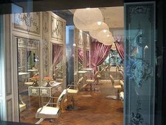 luxury french style hair salon at IVY_15