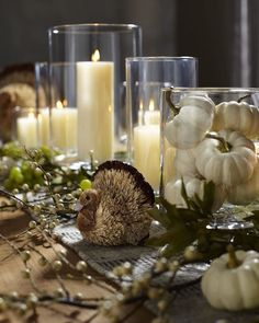 Pretty and Cheap For Fall Home Decor Ideas to Look Amazing Thanksgiving Table Settings, Thanksgiving Parties, Thanksgiving Decorations, Halloween Decorations, Thanksgiving Invitation, Thanksgiving Tablescapes, Friendsgiving Ideas, Autumn Decorations, Seasonal Decor