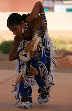 "Hualapai Indian Dance by Ray ""BeautyofLifeiSee"" Barreta, via 500px"