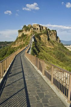 Bagnoregio. (I walked up that bridge and strolled through the town.)