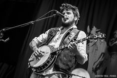 Dear Santa,        All I want for Christmas this year in Winston Marshall. Okay?                         -Rylee