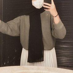 Casual Hijab Outfit, Ootd Hijab, Casual Outfits, Hijabi Girl, Girl Hijab, Hijab Hipster, Cool Girl Pictures, Muslim Girls, Beautiful Hijab