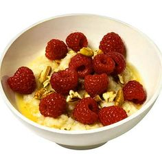 Honey-Pecan Oatmeal With Raspberries - Diet Plan for a Skinny New Year - Health Mobile