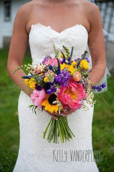 """Wallflower Designs- floral www.wallflowerdesigns.net The Vander""""blog"""": A wedding from Kelly Vanderploeg Photo heaven"""