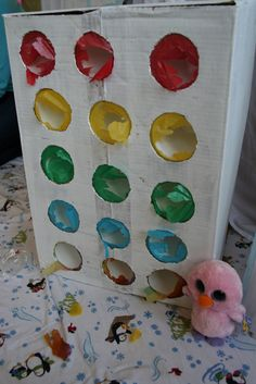 Art teacher parent stays home and shares over 800 art, craft, and play ideas for parents, teachers, and children. CREATE * PLAY * and EXPLORE