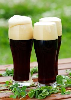 A little known type of beer, the Tropical Stout is a much like your favorite stout with a bit of Caribbean flavors mixed in. Learn more about this beer. Beer Brewing Kits, Brewing Recipes, Homebrew Recipes, Beer Recipes, Recipies, Ginger Ale, Brew Your Own Beer, Craft Ale, Home Brewing Equipment