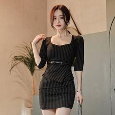 ・スレンダーライン・グレー/ひざ丈ワンピース/大人セクシー/S/M/L/XLサイズ/大きいサイズ/大人可愛い/お呼ばれ/二次会/結婚式/食事会【180305】【JSファッション】【3月新作】 Fashion Models, Girl Fashion, Fashion Dresses, Fashion Design, Office Dresses For Women, Clothes For Women, Lil Black Dress, Classy Outfits, Cute Dresses