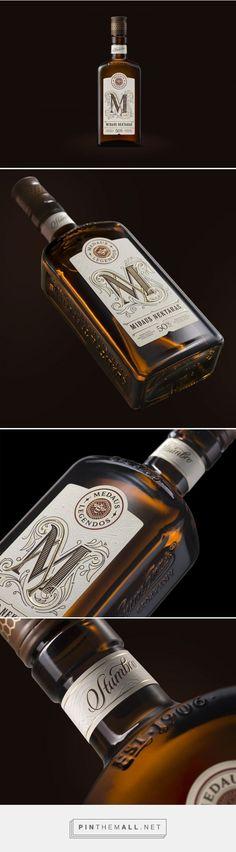 Midaus Nektaras Liqueur - Packaging of the World - Creative Package Design Gallery - http://www.packagingoftheworld.com/2017/07/midaus-nektaras-liqueur.html