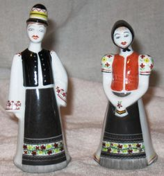 Hand Painted Hungarian Hollohaza Porcelain Couple Set in Pottery & Glass, Pottery & China, Art Pottery Pottery Art, Hungary, Folk, Hand Painted, Couples, Dresses, Vestidos, Popular, Forks
