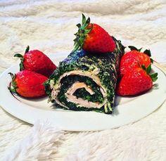 Ein Lebensmittel, das auf gar keinen Fall auf Deinem Speiseplan fehlen sollte, ist Spinat! Kaum ein Lebensmittel enthält so viele Nährstoffe wie Spinat. Zudem ist er kohlenhydrat- und kalorienarm, unheimlich günstig (sogar in der Bio-Variante), super schnell zubereitbar und lässt sich mit vielen anderen Lebensmitteln kombinieren. Das findet auch Jessica hat sich heute mal für eine Spinat-Putenbrust-Rolle entschieden. Das Rezept gibt es auf Instagram @mybodyartist