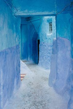 Blue walls and door in medina in Chefchaouen, Morocco by Alejandro Moreno de Carlos - Stocksy United Love Blue, Blue And White, Bold Colors, Colours, Online Galerie, Everything Is Blue, Blue City, Blue Aesthetic, Blue Walls