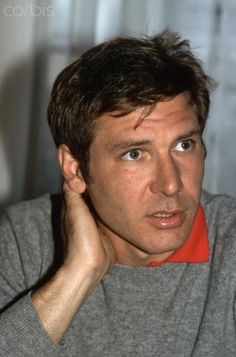 25 Vintage Photos of a Very Handsome and Young Harrison Ford in the Late ~ vintage everyday A sled dog struggles for survival in the wilds of the Yukon. Harrison Ford Young, Harrison Ford Indiana Jones, Indiana Jones Films, Star Wars Cast, Star Wars Film, Harison Ford, Illinois, Han And Leia, Francis Ford Coppola