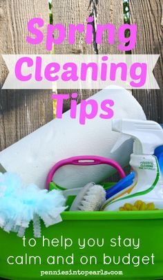 Spring Cleaning Tips to Help You Stay Calm and in Budget Frugal Living Tips, Frugal Tips, Ways To Save Money, Money Saving Tips, Saving Ideas, Diy Cleaning Products, Cleaning Hacks, Cleaning Solutions, Spring Cleaning Checklist