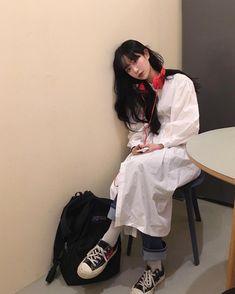 #ulzzang #ulzzanggirl #koreangirl ~pinterest:kimgabson Ulzzang Fashion, Kpop Fashion, Fashion Outfits, Womens Fashion, Korean Aesthetic, Couple Aesthetic, Korean Girl, Asian Girl, Ulzzang Hair