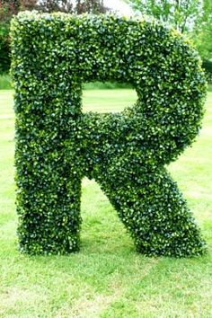 Settlement - Artificial Boxwood Topiary Letters