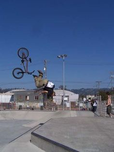 This is not going to end well! Gone Wrong, Bad Timing, Bike, In This Moment, Bicycle Kick, Trial Bike, Bicycle