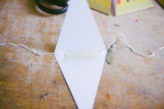 Make a paper garland - Kittenhood