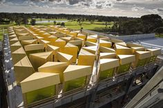 Pritzker Prize-winning Australian architect Glenn Murcutt has revealed new images of his first mosque in Melbourne, showing a roof covered in rows of dramatic lantern-like skylights Australian Architecture, Islamic Architecture, Facade Architecture, Architecture Student, Newport, Rural Studio, Melbourne Suburbs, Islamic Center, Key Projects
