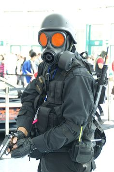 Anime Expo 2012 - Resident Evil cosplay