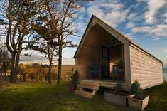 Log Pod - A few years ago, Kent covered the Pod, an innovative and mobile tiny house designed primarily for camping. Another company in the United Kingdom has upped the ante on this type of building with the Log Pod, a portable wooden structure that comes in two beautiful designs. http://tinyhouseblog.com/stick-built/log-pod/