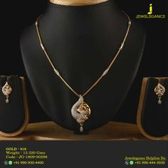 Gold 916 Premium Design Get in touch with us on Gold Necklace Simple, Gold Jewelry Simple, Short Necklace, Stylish Jewelry, Necklace Set, Gold Chain Design, Gold Jewellery Design, Fancy Jewellery, Designer Jewellery