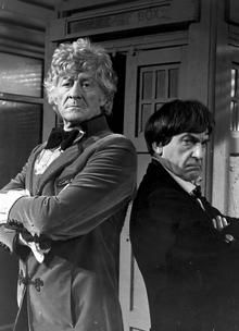 Jon Pertwee (Third Doctor) and Patrick Troughton (Second Doctor). Jon Pertwee, William Hartnell, Classic Doctor Who, Second Doctor, Sci Fi Tv, Out Of My Mind, Torchwood, Time Lords, David Tennant