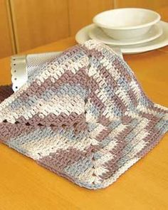 Easy Ombre Dishcloth Crochet Pattern | FaveCrafts.com