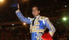 RIOBAMBA Faena grande. Oreja Albán y Bolívar Fandiño lo borda - Mundotoro.com #toreros #toros #Fandiño #America
