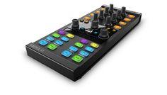 TRAKTOR KONTROL X1は、TRAKTOR PRO 2の2つのデッキと2つのFXユニットをレスポンシブにコントロールする、コンパクトなDJパフォーマンス・コントローラです。