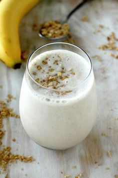 The Best Banana and Honey Smoothie EVER