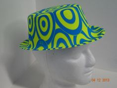 Sombrero copa estampado colores neón. Hora Loca  FiestasTematicasCali   PinateriasCali f3b21586c4e