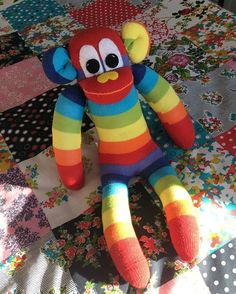 Good morning sun is shining  #happydays #sun #sockmonkeys #sockmonkeymaker #handmade #sunnyteddys #sewing