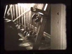 Greneveving fra Manndalen i Troms. Anna Hansen Blomsterli vever grene. Filmen er produsert av Marta Hoffmann. Les mer om grene her: http://www.manndalen-husflidslag.no    http://www.norskfolkemuseum.no/    NF.Film-10487