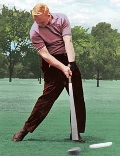 Expert Golf Tips For Beginners Of The Game. Golf is enjoyed by many worldwide, and it is not a sport that is limited to one particular age group. Not many things can beat being out on a golf course o College Basketball, Nike Basketball, Golf Humor, Tiger Woods, Disc Golf, The Words, Nike Dri Fit, Racerback Tank, Nhl