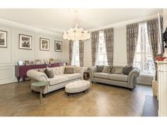 This is a lovely family home. http://www.retemax.com/great-ormond-street-bloomsbury-o506851.html